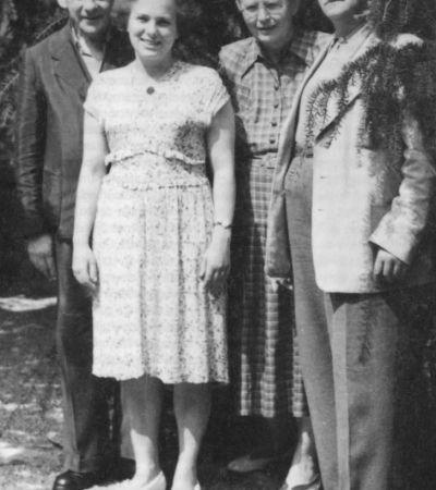Annemarie Klippel (1895–1964) auf der Hochzeit ihrer Tochter (v.l.n.r.): Victor Klemperer, Hadwig Klemperer, geb. Kirchner, Annemarie Kirchner, geb. Klippel, Adolf Kirchner.