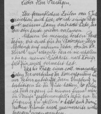 Letter from Helene Schweitzer-Bresslaus to Friedrich Baethgen with personal greetings from Albert Schweitzer, p. 1. MGH-Archiv B 699